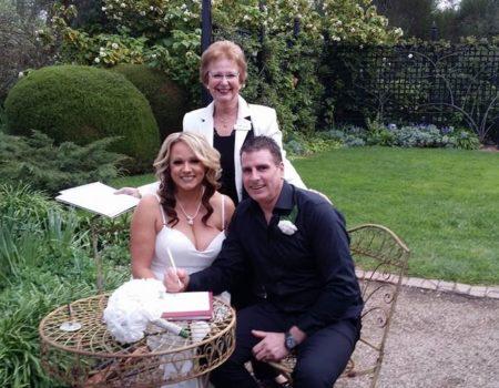 MarriageCelebrant-Adelaide-JanineGillandCivilMarriageCelebrant-4
