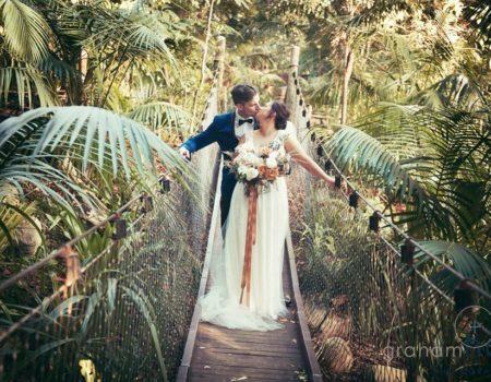 The Wedding Photographer