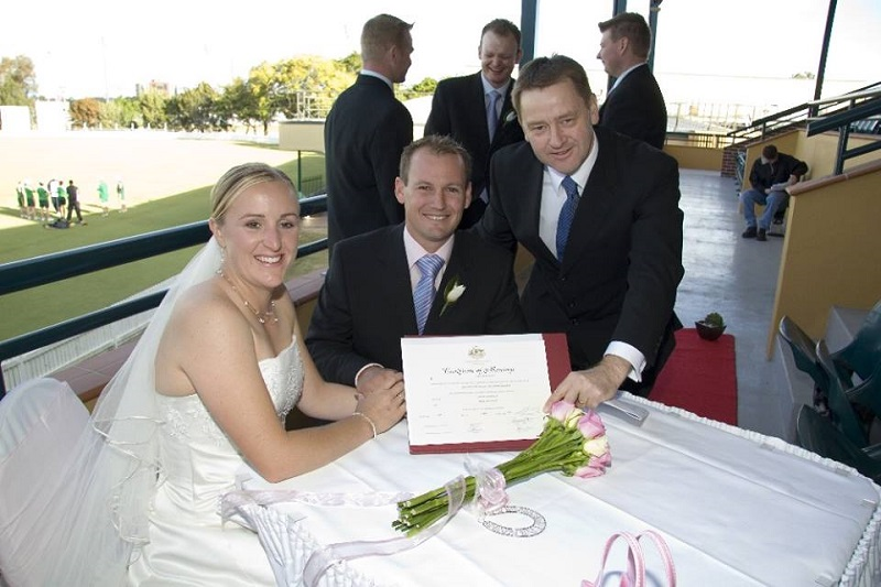 Andrew Sinclair marriage celebrant