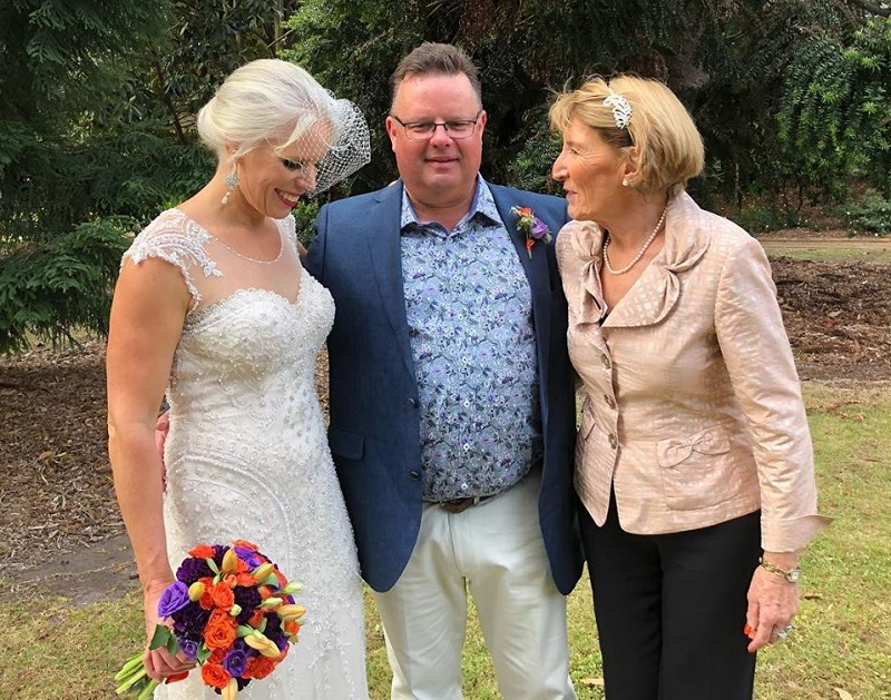 Yvonne Wood marriage celebrant