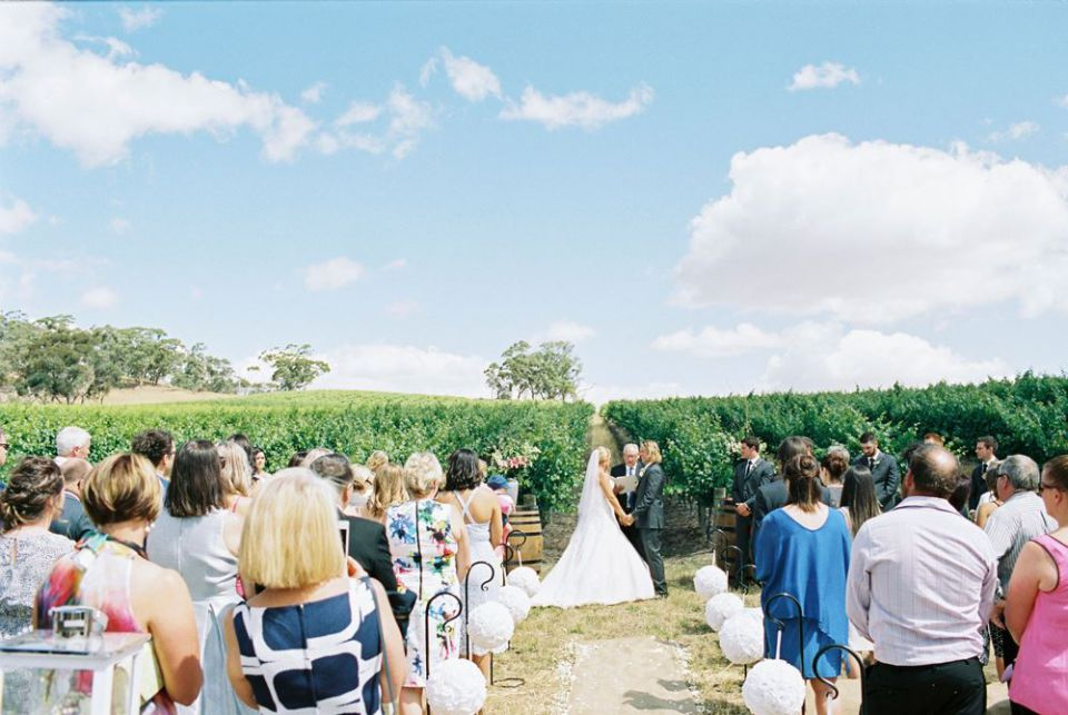 Eldredge_Vineyards weddings