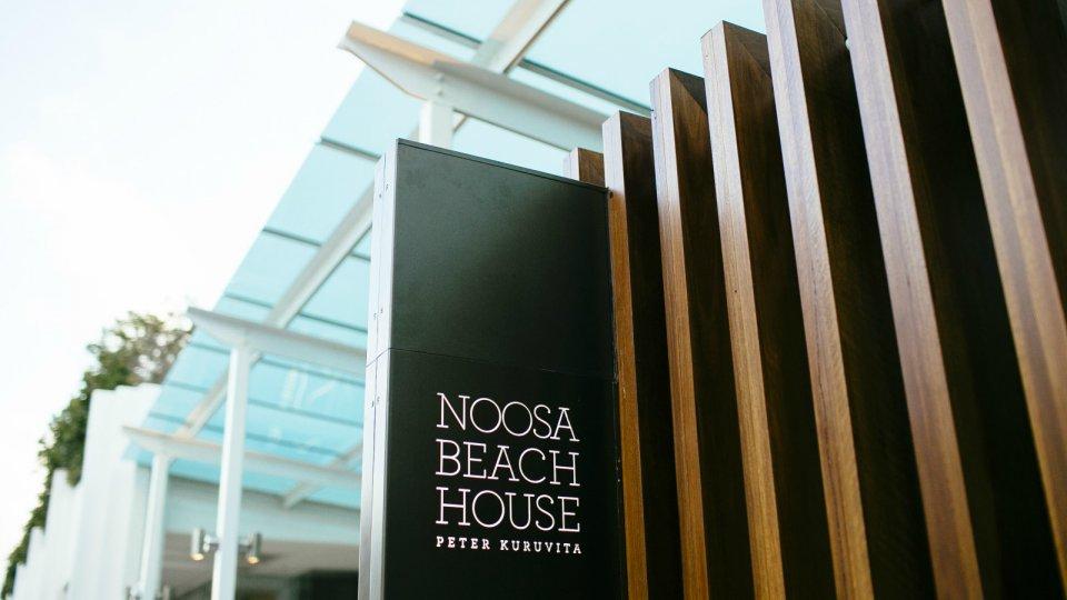 Noosa_Beach_House_Peter_Kuruvita weddings