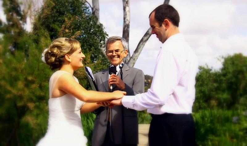Robin Austin marriage celebrant