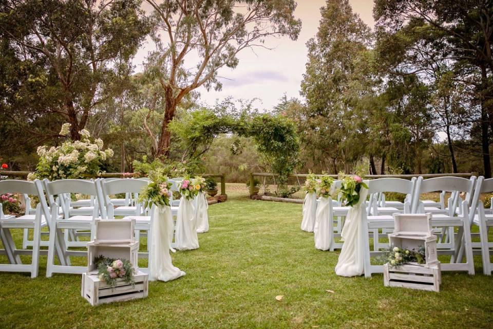 iris_park_garden_weddings