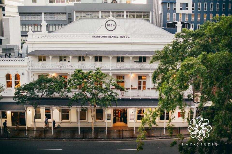 Brisbane Trans Hotel Weddings
