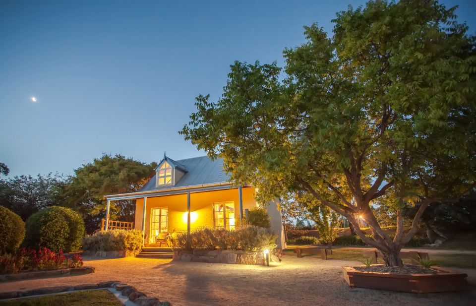 Vineyard_Cottages_and_Cafe