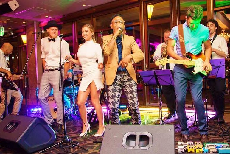 Vibe Wedding Band
