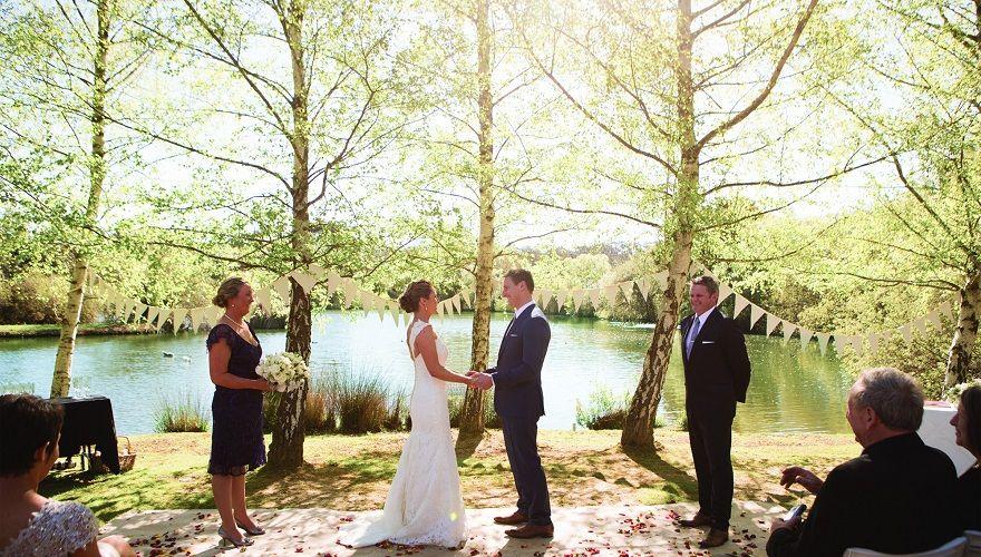 lake house weddings